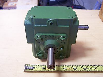 Ohio Gear B133 Right Angle Worm Gear Speed Reducer Gearbox 10:1 Ratio .64 HP New