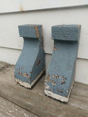 2 Vintage Architectural Salvage Wood VICTORIAN Corbels Brackets Chippy Paint