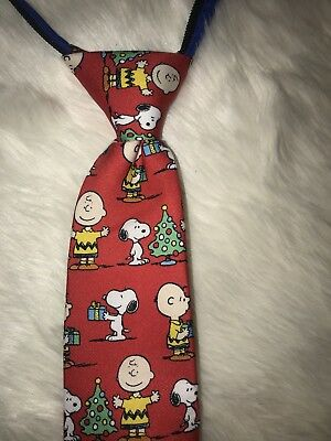 NWT Boy Peanuts Christmas Snoopy Charlie Brown  Zipper Adjust Neck Tie One Sz