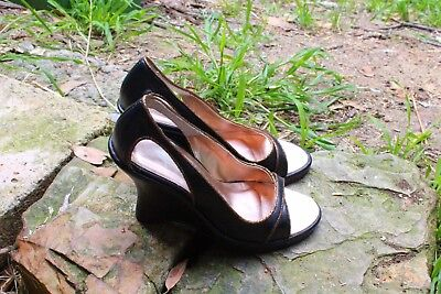 POETIC LICENCE Black Leather Open-toe /Gold Trim  10 cm  Retro Heel  Size 37/6
