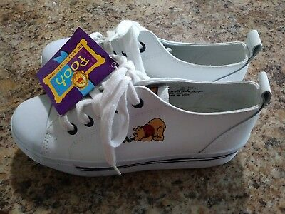 New Girls Disney Winnie the Pooh Shoes for Youth Size 3.5