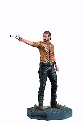 AMC Walking Dead TV Collector's Model - Rick Grimes