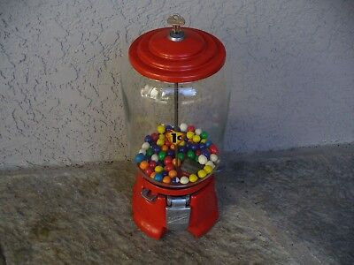 Nice 1930's Northwestern Gumball Machine or Peanut Vending Penny Play Porcelain