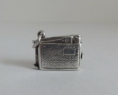 83  Vintage Silver Charm Opening Pipe Lighter