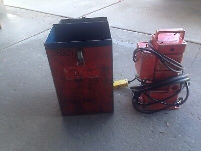 Thomas & Betts 13600 Electric Hydraulic Pump w/ Case 1/2 HP 10 Amps, Used