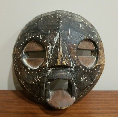 VINTAGE AFRICAN CARVED WOOD MASK  Hand Crafted in Ghana Tribal Tribe Wooden