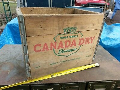 Vintage Canada Dry Ginger Ale Soda Bottles Wood Crate Soda 1940s advertising