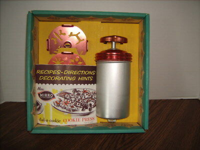 Vintage Mirro Dial-A-Cookie Cookie Press Kit w/ Original Box And Recipe Book