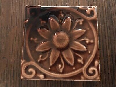 ANTIQUE Hamilton Ohio Art Tile Nouveau  DaisY Flower Victorian Pottery Fireplace
