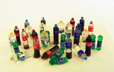 Plus Model 1/35 PET Bottles for Diorama (w/decals)