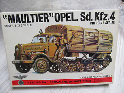 122P - Bandai 8226 - 1:48 - Bausatz Maultier Opel Sd.Kfz.4 - top in OVP