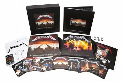 Metallica Master Of Puppets Limited Deluxe Box Set 10 CD 3 LP 2 DVD Buch Tape