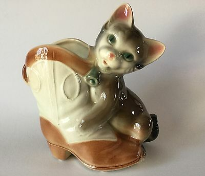 ROYAL COPLEY Playful Cat Kitten with Cowboy Boot Planter Pottery USA 1940-50s