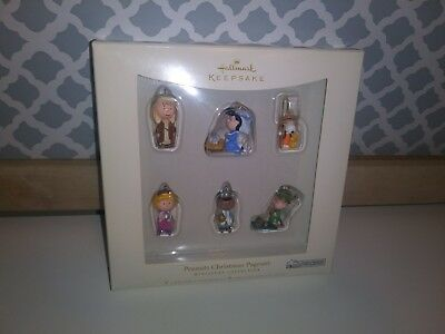Snoopy Peanuts 6 pc Mini Ornament Set, Peanuts Christmas Pageant, Hallmark 2006