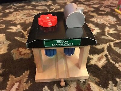 Thomas the Tank Engine Train Washer Wooden USED