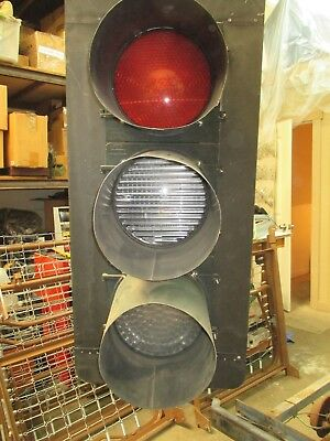 LED 3 Color Traffic Signal with walk and dont walk signal (pick up only)