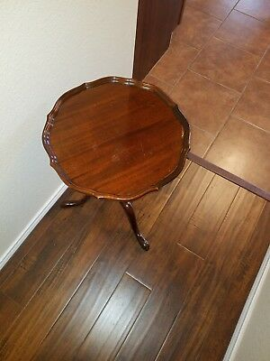Councill Craftsmen Mahogany Pie Crust Side Table