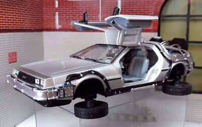 1:24 Scale Delorean Back to the Future 2 Transforming Flying Version Model Car