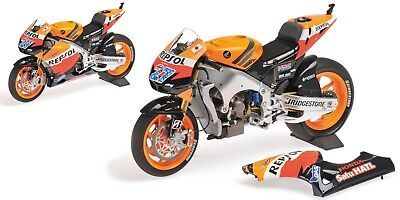 1:12 Minichamps 122111127 Casey Stoner 2011 Bike Honda RC212V - NEW in BOX