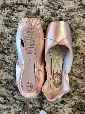 "Freed of London Custom Pointe Shoes | 5 1/4 X, 5 1/4 XX, 5 1/2 XX ""A"" Maker 