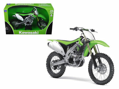 Diecast toy Kawasaki KX 450F Dirt Bike Motorcycle 1-12 Model by New Ray