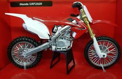 Diecast toy Honda CRF450R Dirt Bike Motorcycle 1-12 Model by New Ray