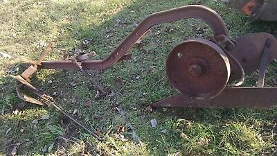 Vintage Original JOHN DEERE L, LA, LI Tractor Moldboard Mounted Plow one bottom
