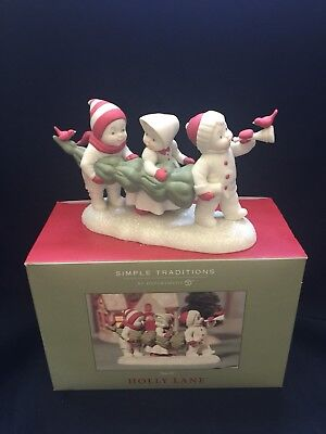 Department 56 Simple Traditions Holly Lane Tree-O Porcelain Figurine Excellent