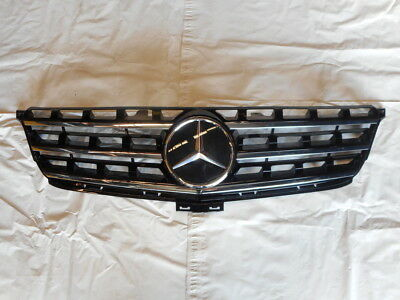 Genuine OEM Mercedes CLA CLASS W117 distronic plaque de base Grille Star 1648880411
