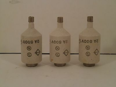 Kema Keur *set Of 3* Bottle Fuses 2Amps / 500 Volts