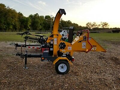 "2015 Morbark / Boxer X7 Brush Chipper 25 Hp, 7"" Towable, Gas Engine W/ 56 Hours!"