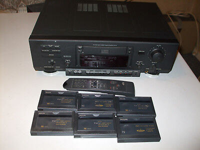 Philips DCC-900 Digital Compact Cassette Deck with Remote and 6 Cassettes