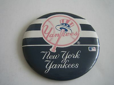 Vintage Mlb New York Yankees 3.25 Inches Button/pinback