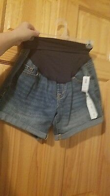 Maternity shorts, new with tags, old navy, size 4, jean material, stretchy waist