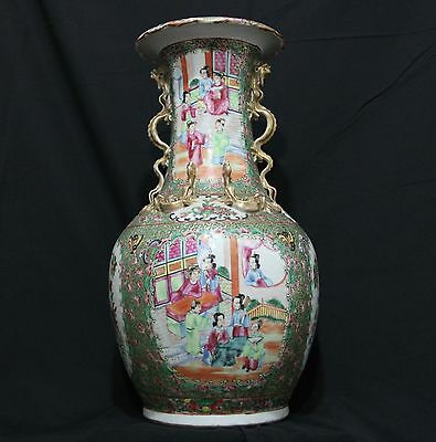 Very Beautiful Antique 19th Century Chinese Rose Medallion Vase 17 Inches Tall