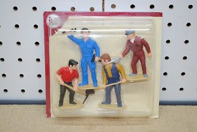 LGB Track & Locomotive Worker Figures (5144) *G-Scale* NEW