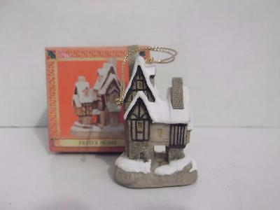 """David Winter Cottages Ornaments Fred's Home Christmas NIB 2 3/8"""" Tall"""