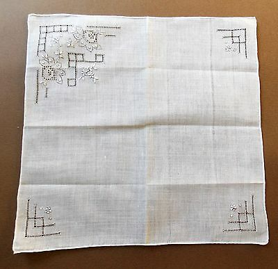 NEW Old Stock Vintage 1970s White Embroidered Cotton Handkerchief
