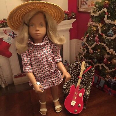 "Limited  Edition 17"" Sasha Doll Guitar Harlequin Neck Marked 1984 640 Displayed"