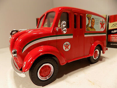 Texaco # 31 1950 Divco Delivery Truck 1/25Th Scale Diecast Metal