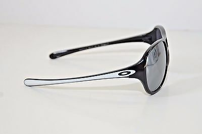 NEW OAKLEY Twentysix.2 Sunglasses Plshd Black w/ Black Iridium 9177-13 BOX DENTS