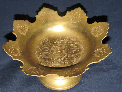 Vintage Style Brass Footed Dish Bowl India Etched Floral Scallop Rim 13CmW