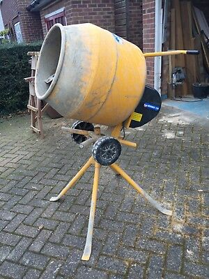 Wickes Mix MC130 Electric Cement Mixer (Belle) - used, very good condition
