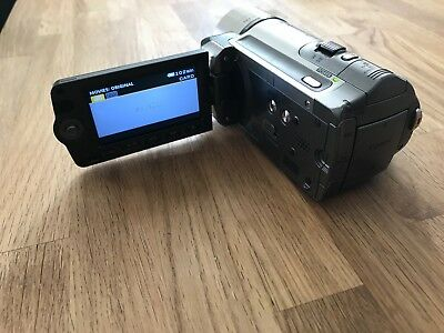 CanonVixia HF100 with Battery (HD 1080Camcorder)EXCELLENT CONDITION