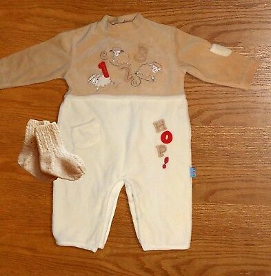 NWOT Long Sleeve PJ /Jumper by SMILY, New Knit Socks, USA 6-9 mos, Euro 68