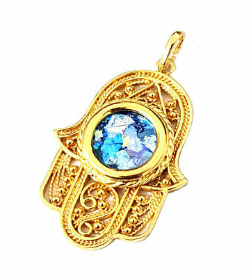 Amazing 14k Gold Roman Glass Filigree Hamsa Pendant Necklace