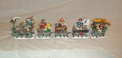 Danbury Mint M&M's Holiday Express Christmas Train 5 Piece Collectible Retired