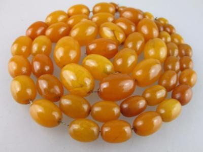 Antique Natural Baltic Amber Beads Necklace 40g