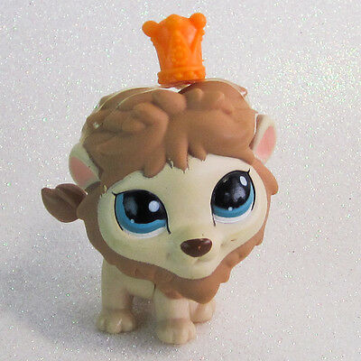 Littlest Pet Shop Around-The-World Lion #1112 Tan and Brown Blue Eyes Crown