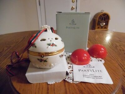 Partylite  Holly  Leaf  Friendship  Ball  Ornament